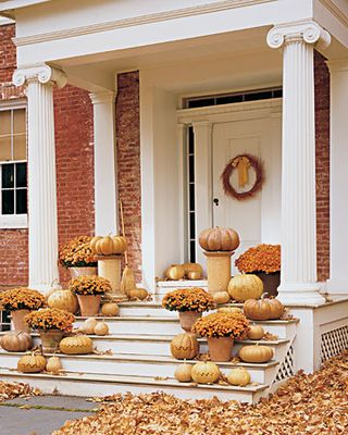 Pumpkin Entryway- Martha stewart
