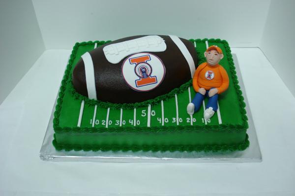 0000783 Illini Grooms cake