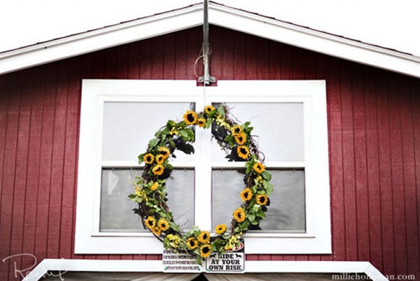 Sunflower Wreath via District Weddings