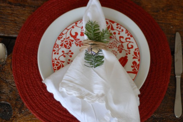 Jingle-bell-napkin-ring-600x401