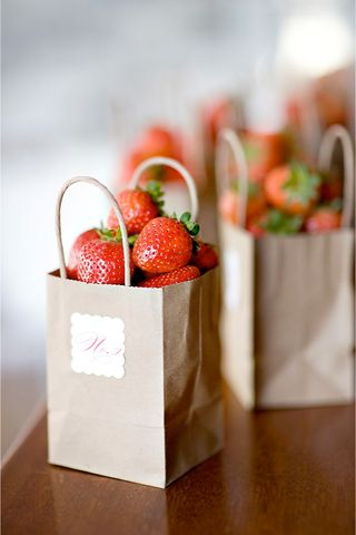 Strawberry+centerpiece