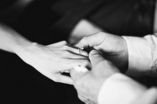 Wedding-Ring-Ceremony-550x366