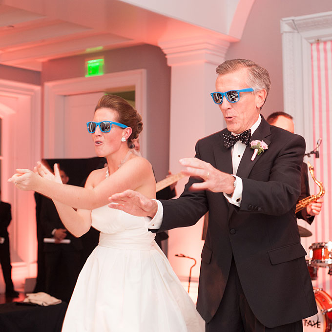 Preppy-summer-wedding-washington-dc-father-daughter-wedding-dance-idea