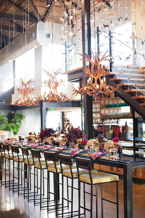 Modern-glam-thanksgiving-alchemy-fine-events