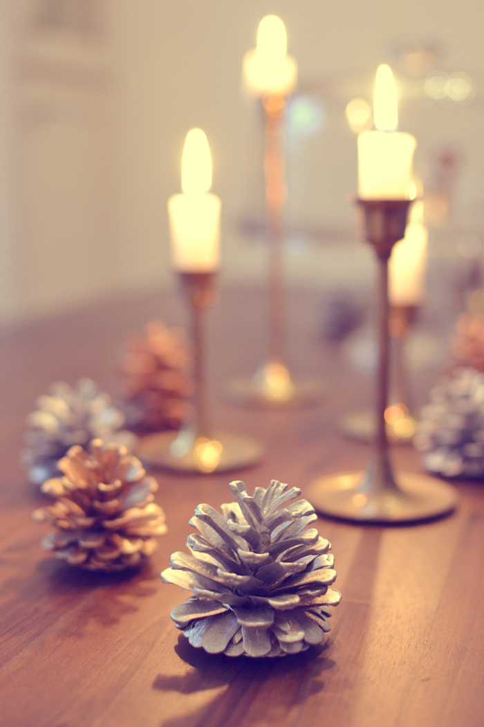 DIY Holiday Decor - Metallic Pine Cones By Triple Max Tons (2)